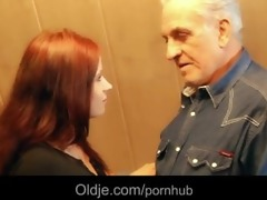 grandpapa receives sexual thanks from hussy