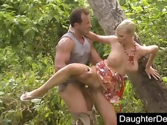 dad daughter outdoor