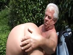 old gray senior is banging a hawt juvenile